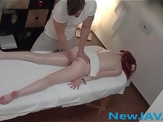 Pretty asian girl in amateur porn video high quality