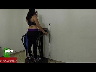 Vibration and penetration in the gym that my hot girlfriend has in her home