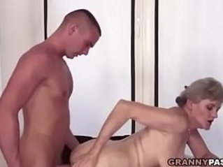 Busty Grandma Gives Her Hairy Pussy For Fucking