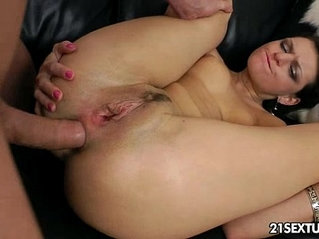 Anal Training of Masha More