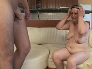 OLD HOUSEWIFE FUCKS herself WITH YOUNG BOY !!