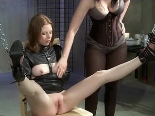 Leilas Fire and Ice BDSM Experience
